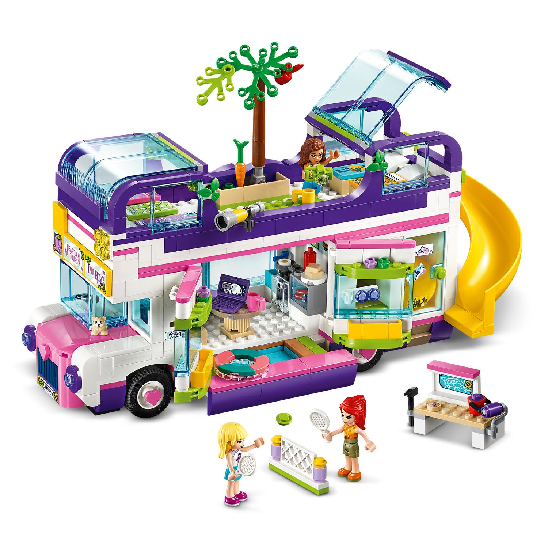 Автобус, собранный из кубиков