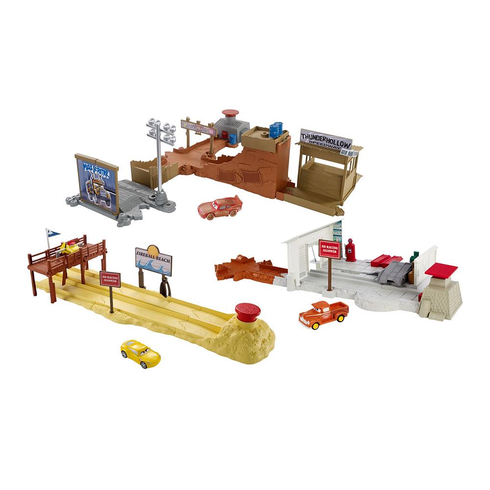 Купить Масштабные модели, Набор игрушек Cars Стадион для тренировок 2 в 1 в ассортименте (DVT46)