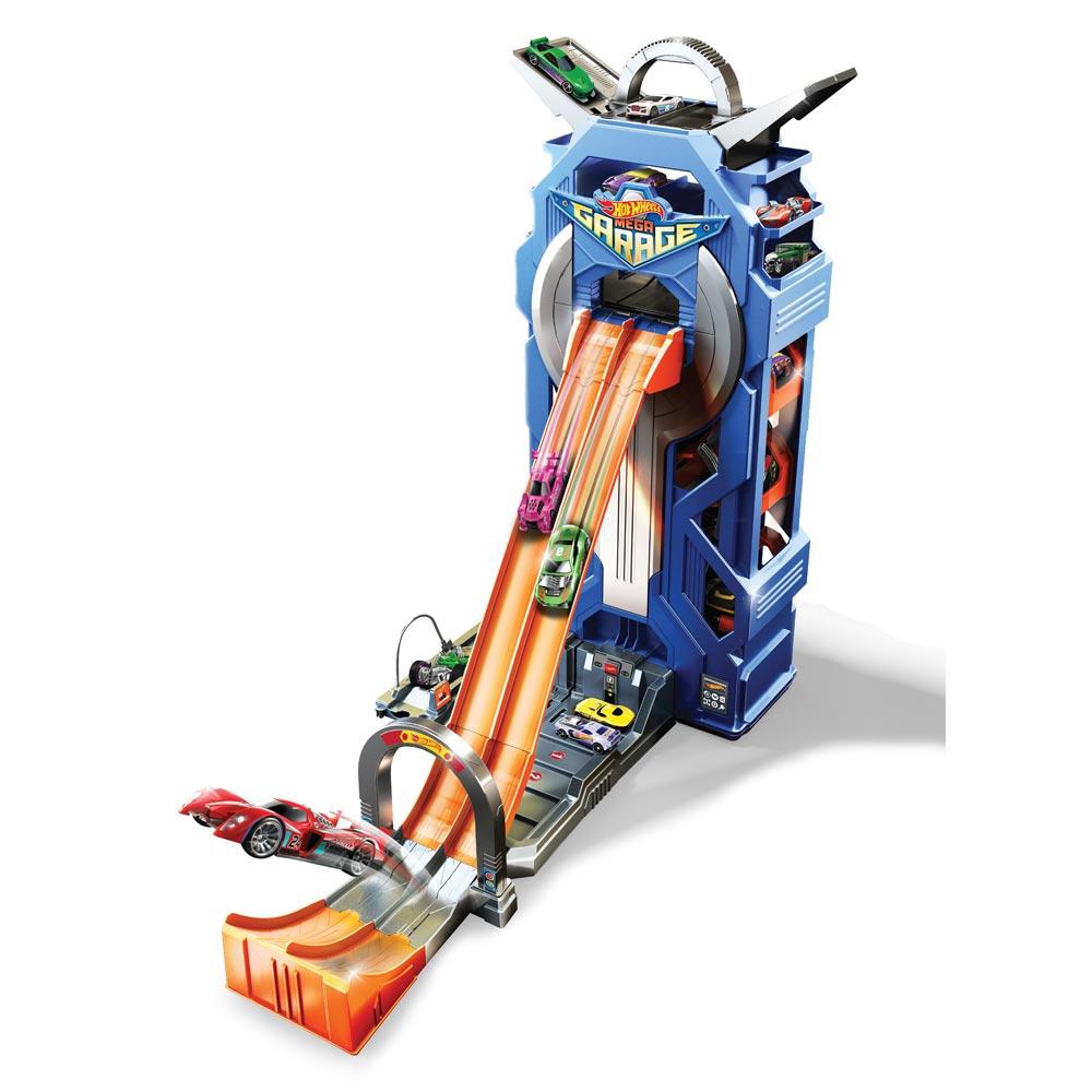 Игровой набор Hot Wheels Гараж (FTB68) Mattel
